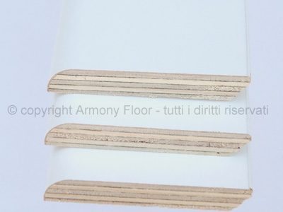Beautiful legno multistrato prezzo contemporary for Battiscopa bianco leroy merlin