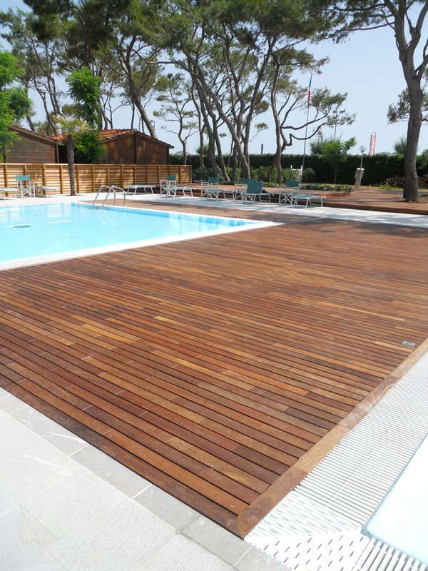 Parquet per esterni ipe lapacho pavimenti legno ipe lapacho - Listoni in legno per esterni ...