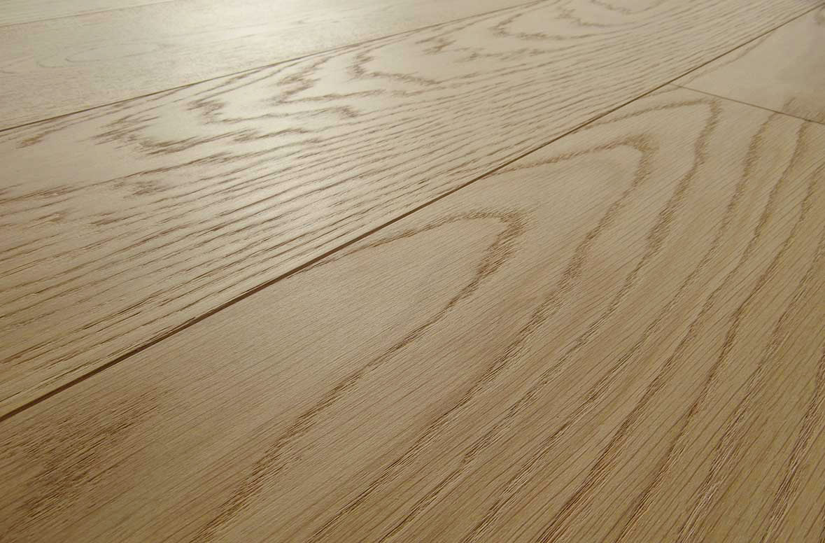 Parquet naturalizzato in rovere prefinito made in italy for Armony floor