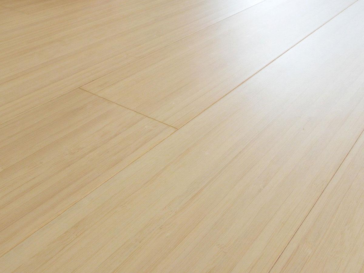 parquet bamboo prefinito sbiancato verticale costo
