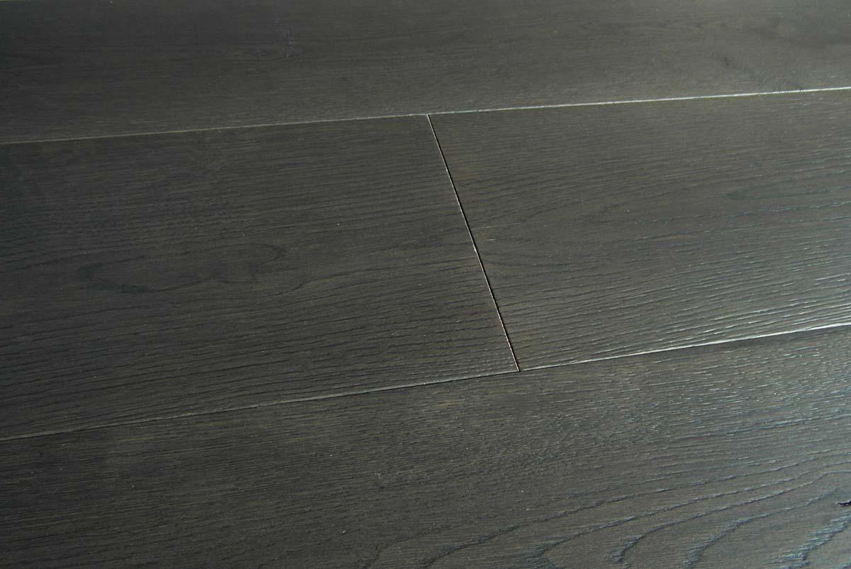 Pavimenti In Rovere Grigio : Parquet grigio scuro: maxiplancia rovere prefinito italia